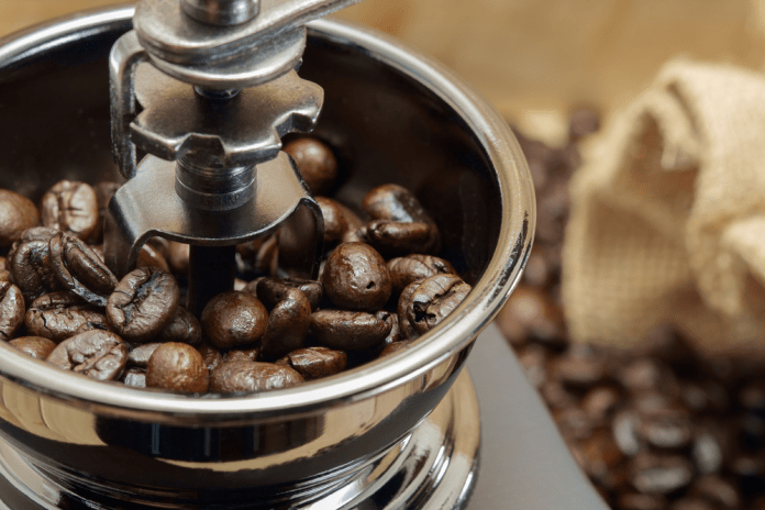 How To Grind Coffee Beans With A Blender Ninja Vitamix Nutribullet