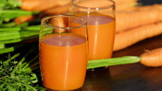 How to make carrot juice in a blender
