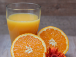 How to make orange juice with a blender